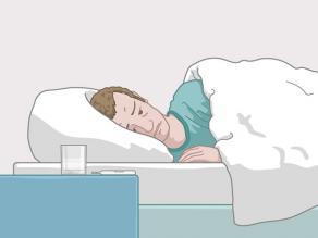 Homme malade au lit: si vous avez le VIH et ne prenez pas de médicaments pendant une longue période, vous tombez malade.